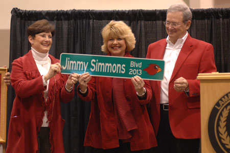 Susan & Jimmy Simmons with Mayor Ames