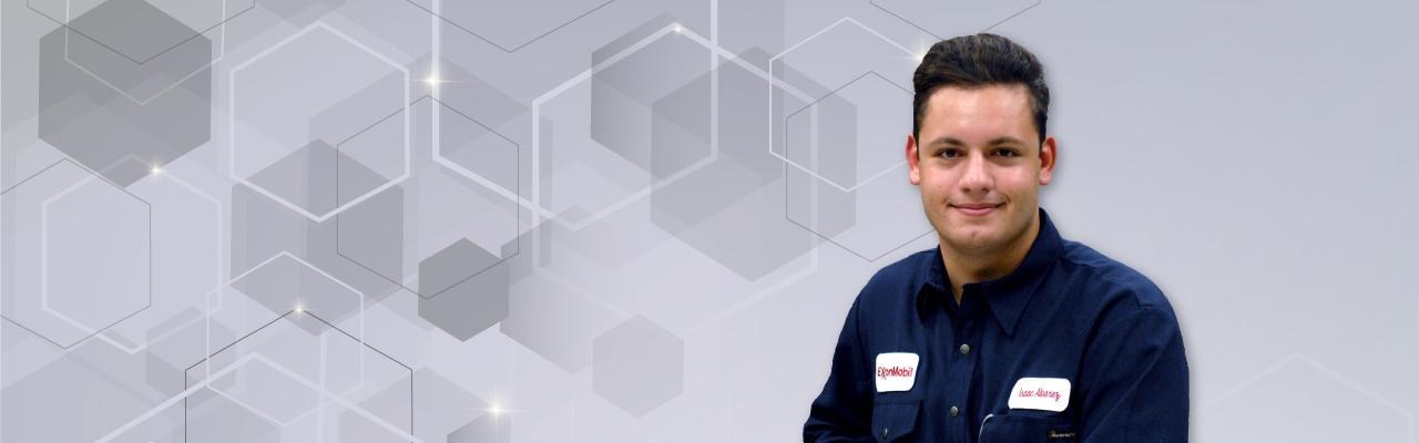 Student Profile – Isaac Alvarez