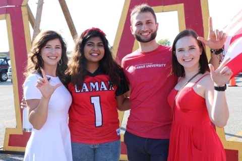 Lamar University homecoming students