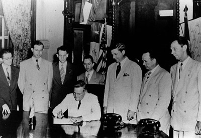 Signing of bill making Lamar a four-year institution