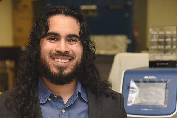 Gonzalez nets prestigious fellowship in immunobiology at Yale