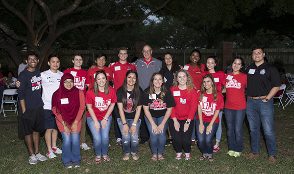 New LU Ambassadors with President Evans