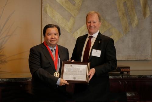 2019 University Professor Award, Dr. Kendrick Aung