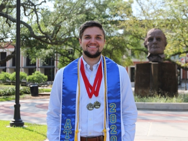 Jordan Curl awarded $8,500 Phi Kappa Phi Fellowship