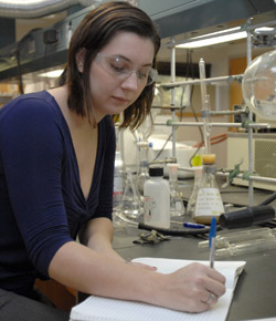 Crissie Vandehoef in lab