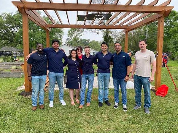 Civil Engineering Seniors Build Pergola in LU Community Garden